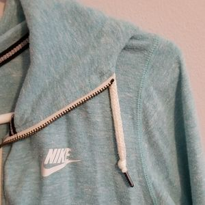 NWOT nike zip up hooded jacket fits most sizes